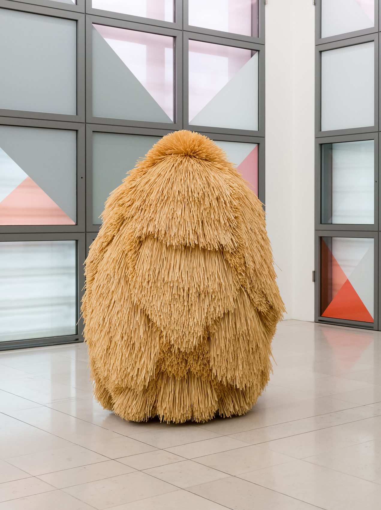 Haegue Yang (*1971): The Intermediate – Hairy All Over, 2016 Erworben 2016 © Hamburger Kunsthalle, Dauerleihgabe der Stiftung für die Hamburger Kunstsammlungen, Foto: Kay Riechers