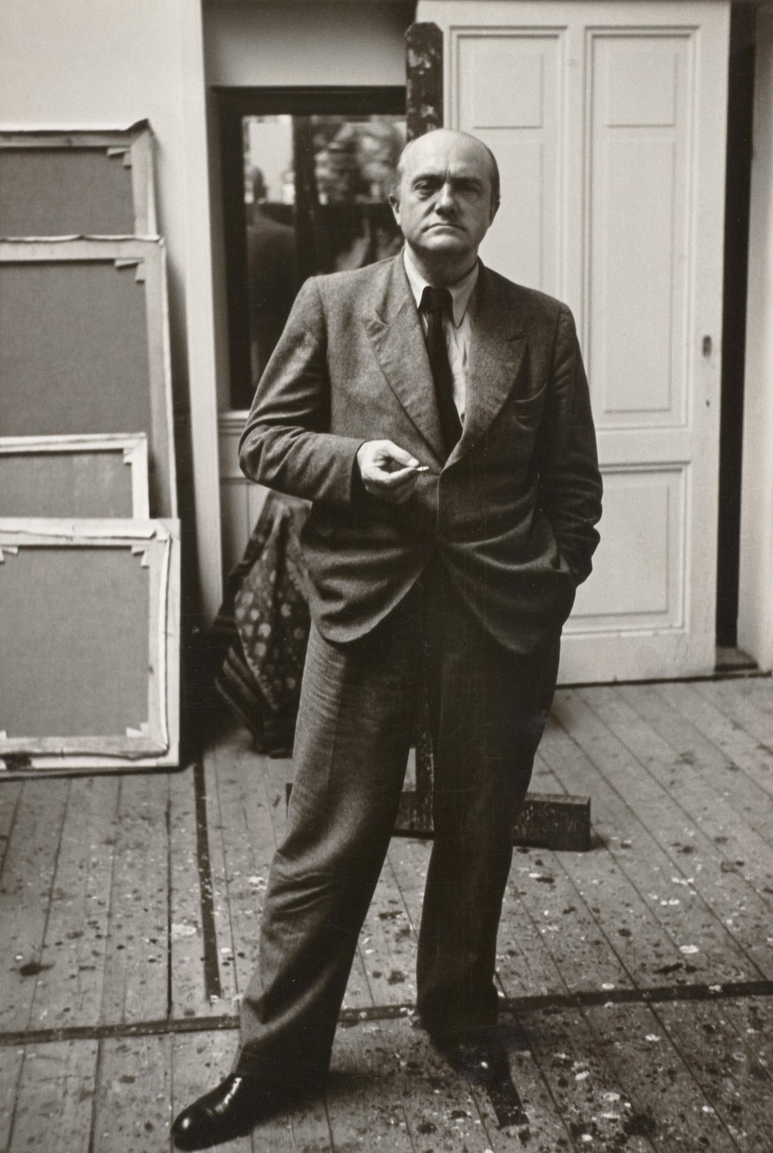 Max Beckmann in seinem Amsterdamer Atelier, 1938 Bayerische Staatsgemäldesammlungen, Max Beckmann Archiv Foto: Helga Fietz