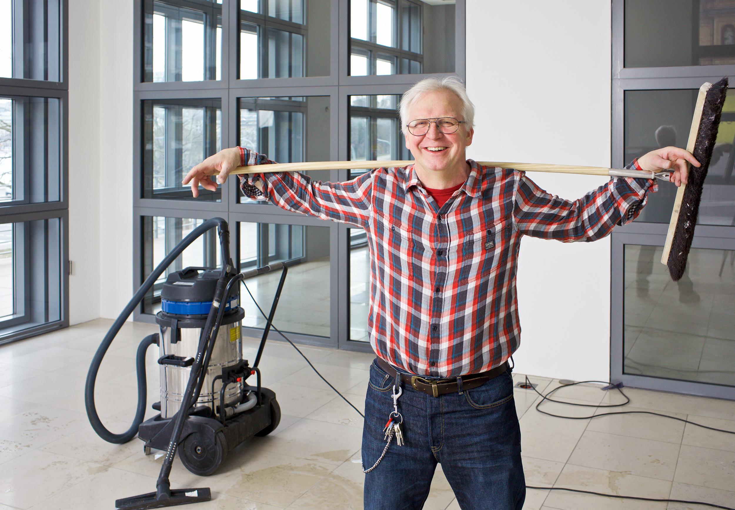 Festschrift- Volker Ruge, Hausmeister